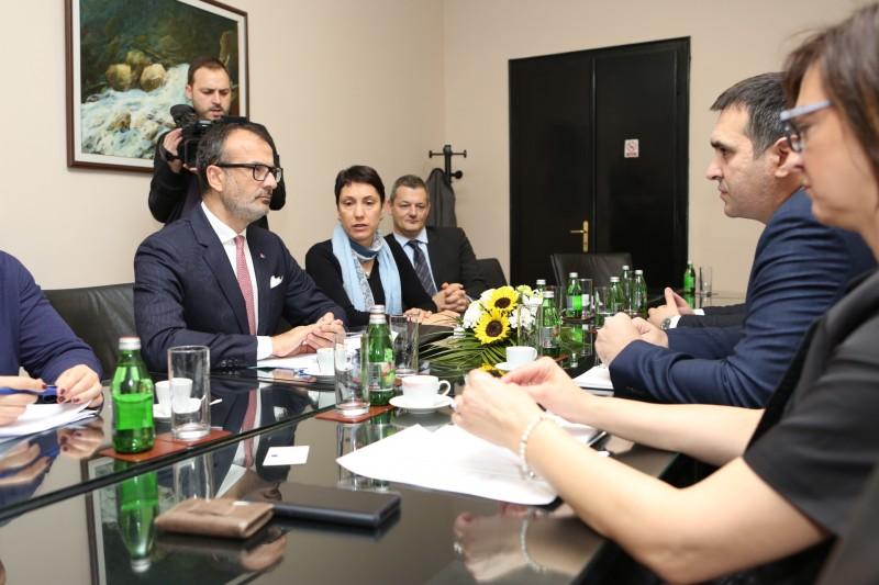 Fabrici: Evropska unija nastvalja da pruža podršku jačanju konkurentnosti na lokalnom nivou